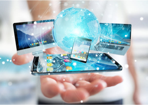 Technology and Media - Integrating Consumer Digital into the Marketing Mix Problem